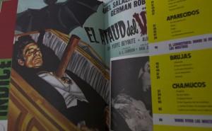 """60207116. México, 7 Feb 2016 (Notimex-Isaías Hernández).- Como un homenaje a los personajes que han permeado el género fantástico en el cine mexicano, """"Mostrología del cine mexicano"""" es un libro que de manera divertida y muy ilustrativa, sin caer en la burla, recupera a los protagonistas del género a través de un estudio crítico, sociológico y de investigación. NOTIMEX/FOTO/ISAÍAS HERNÁNDEZ/IHH/ACE"""